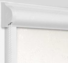 Рулонные кассетные шторы УНИ - Амальфи белый на пластиковые окна